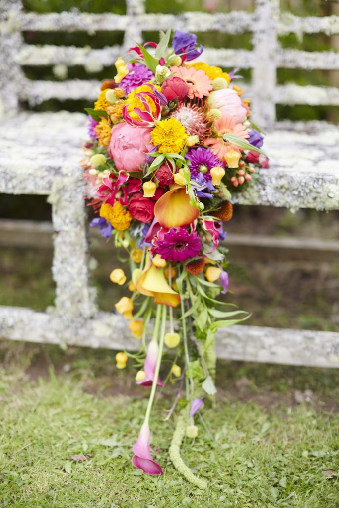 BEAUTIFUL BRIDAL BLOOMS FOR AUTUMN