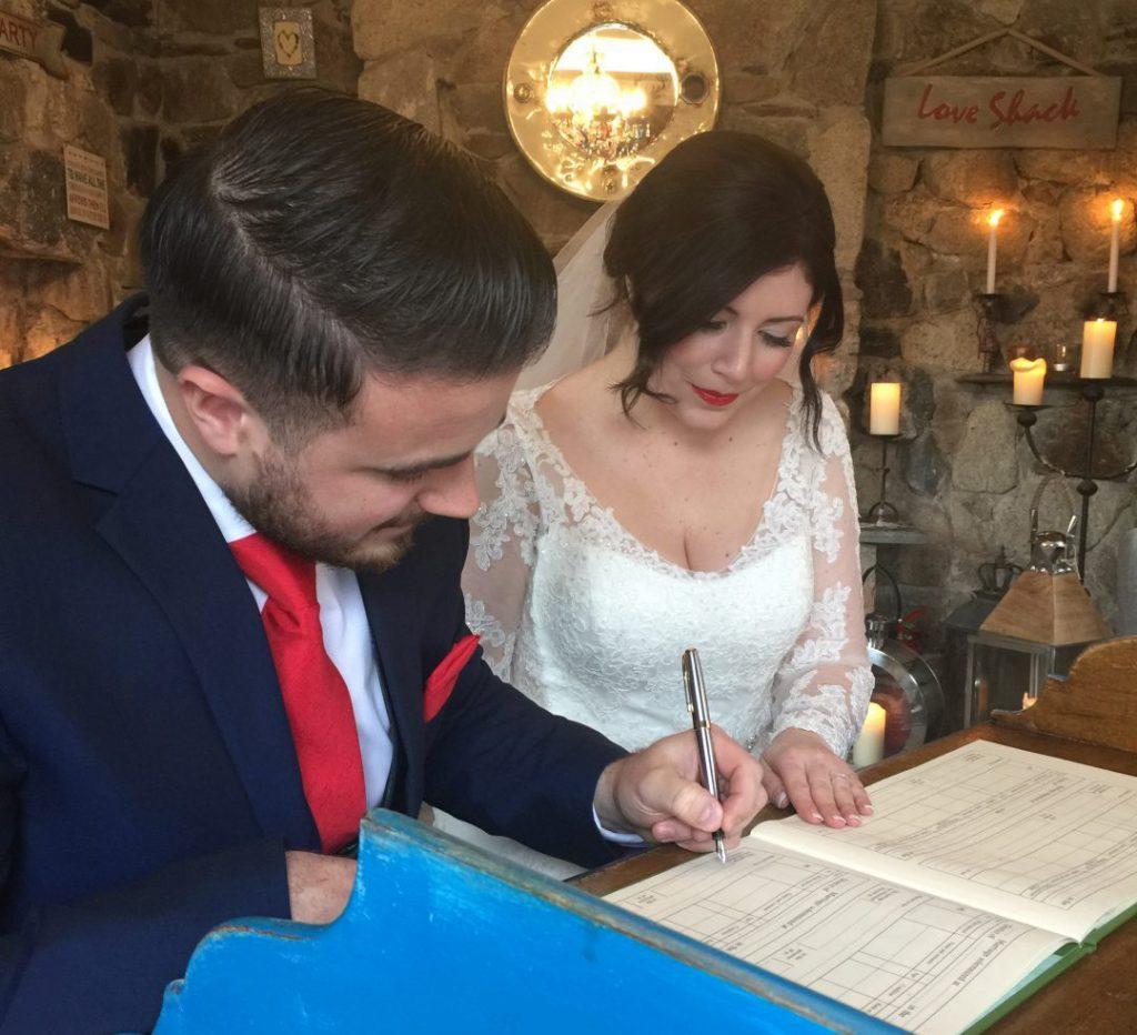 Luxe romantic small wedding venue in Cornwall