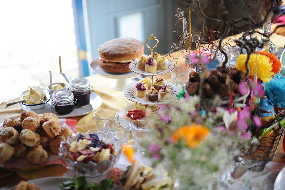 Cream tea wedding party: get married for just £799!