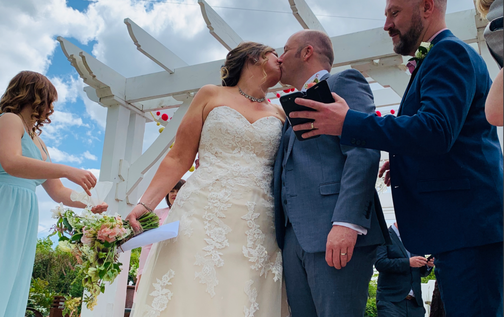 Real Weddings: Vicky and Martin's Exclusive Wedding Weekend