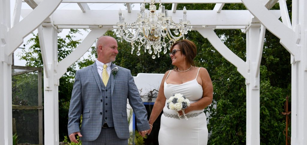 Real Weddings: Michele and Colin Elope with Rocky the Dog